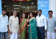 Actress Sakshi Agarwal inaugurates Pochampally IKAT  at Chennai