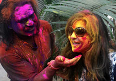 Celebrities enjoy Holi 2014