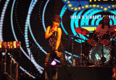 Sunidhi Chauhan performs at Idea Rocks India Concert Season 6