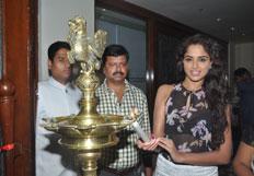Asmita Sood launches Royal Fashions Exhibitions sale at Taj Krishna