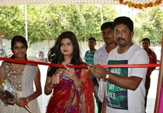 Actress Alekhya Inaugurating Silk India Expo Begins at Vijayawada
