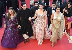 Aish makes heads turn at Cannes with her purple pout, attends screening of 'Sarbjit'