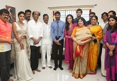 Velaiyilla Pattathari 2 Movie Pooja Photos
