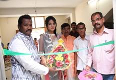 Bhavya Sri Inaugurates Pochampally IKAT Art Mela Stills
