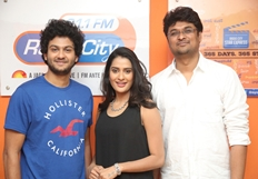 Meeku Meere Maaku Meme Team at Radio City