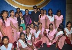 Anandaraj Arranges Dhilluku Dhuddu Special Show for Childrens