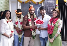 Enakku Vaitha Adimaigal Movie Pooja Photos