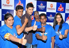 Mahesh Felicitates Thums Up Thunder Challenge Winners Photos