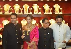 Sonam Kapoor At Kalyan Jewellers Store Launch Photos