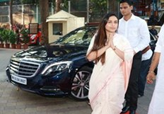 Pics - Bollywood celebs attend Rani Mukerji's father Ram Mukerji's prayer meet