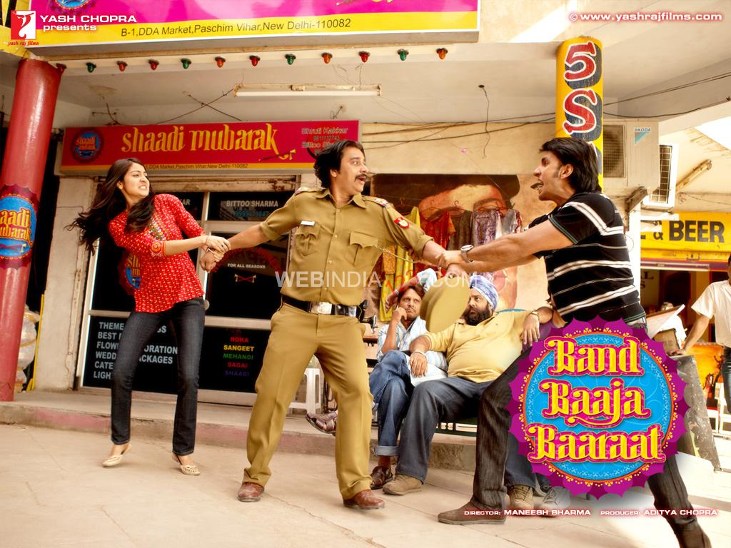 Band Baaja Baaraat Bollywood Movie Trailer   Review   Stills