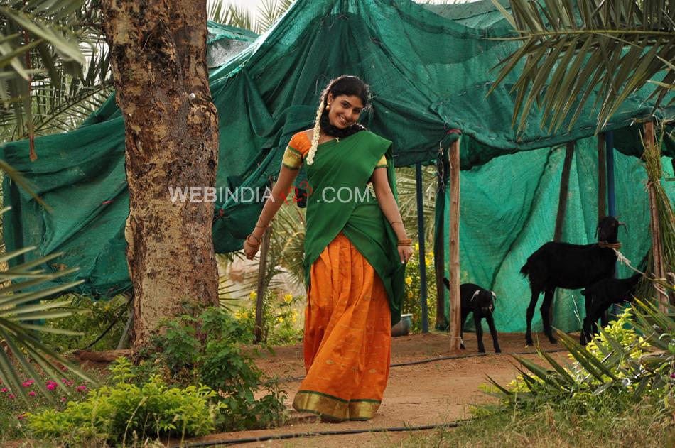 Muthukku Muthaga (2011) | Muthukku Muthaga Movie ...