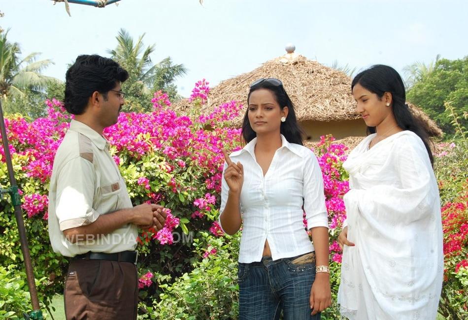 Susi appadithan Tamil Movie Trailer   Review   Stills