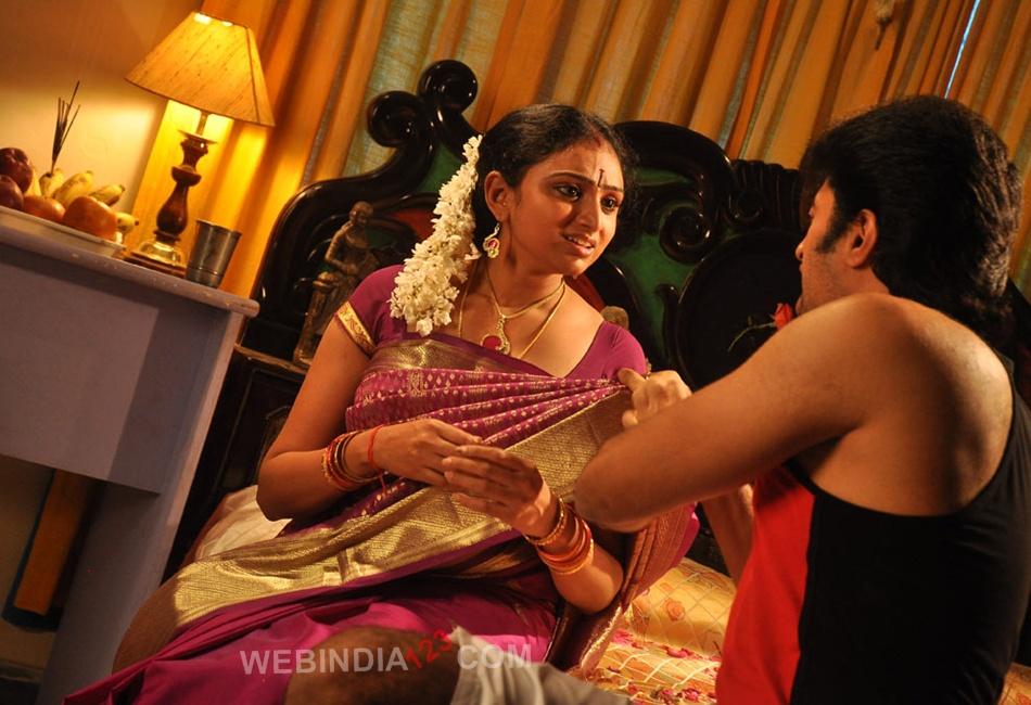 Anagarigam Tamil Movie Trailer  Review  Stills-3440