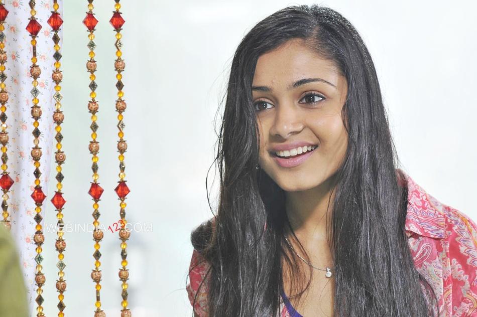 Life Is Beautiful Telugu Movie Trailer Review Stills