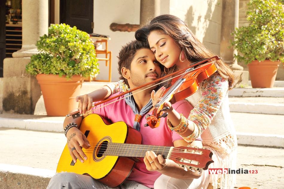 Telugu Actor Allu Arjun to Debut in Tamil
