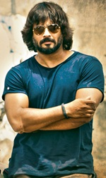 Irudhi+Suttru Movie