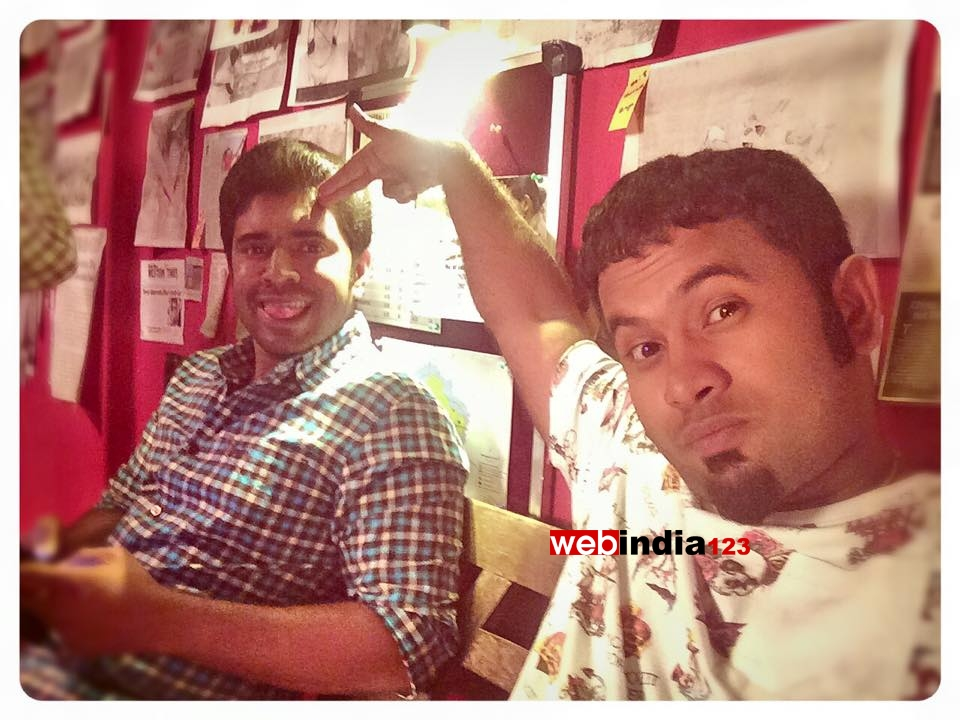 malayalam movie oru vadakkan selfie songs