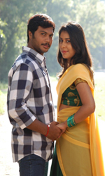 Enna+Pidichirukka Movie