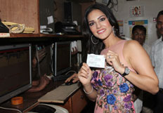 Promotion of movie Ragini MMS 2