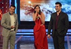 Sonam Kapoor Promote Dolly Ki Dolli At Bigg Boss Season 8