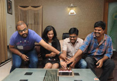 Lovers Team Cake Cutting  Stills
