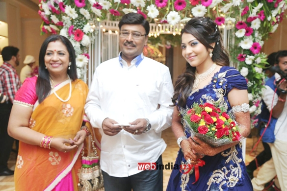 Anchor Ramya Aparajith Wedding Reception StillsTamil Event