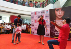 Hatestory 2  Stars Promoting thier movie Fun wtih thier fans