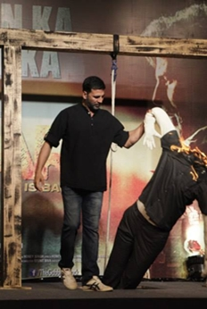Akshay Kumar And Shruthi Hassan Unveils Gabbar Is Back Trailer