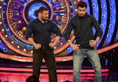 Manish Paul Promotes Tere Bin Laden : Dead or Alive on the sets of Bigg Boss 9 with host Salman
