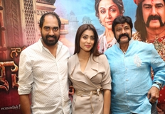Actor Balakrishna & Shriya Saran  Gautamiputra Satakarni Promotion Press Meet Stills