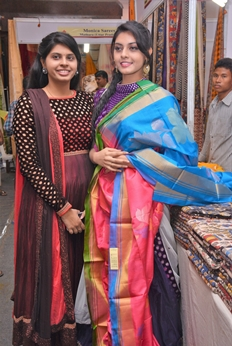 Veena Inaugurates Silk India Expo At Vijayawada Photos