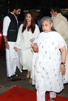 Pics - Bollywood celebs attend Rani Mukerji's father Ram Mukerji's prayer meet