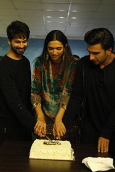 Padmaavat Team Celebrates the Film's Entry to Rs 100 Cr Club
