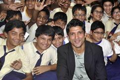 Farhan visits Maneckji Cooper School Stills