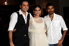Success party of film Raanjhanaa - stills