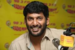 Vishal Promotes Palnadu at Radio Mirchi - Stills