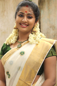 South Indian actress in Kerala Traditional Saree