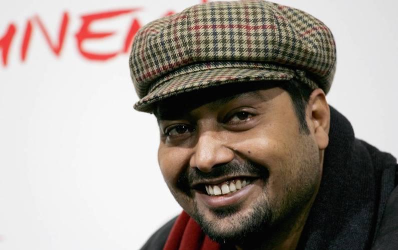 Anurag Kashyap takes dig at smoking warning in 'Darkest Hour'