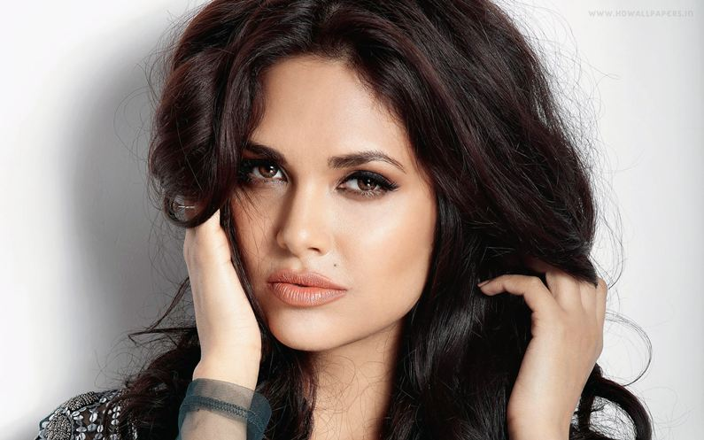 Esha Gupta working on Iranian film