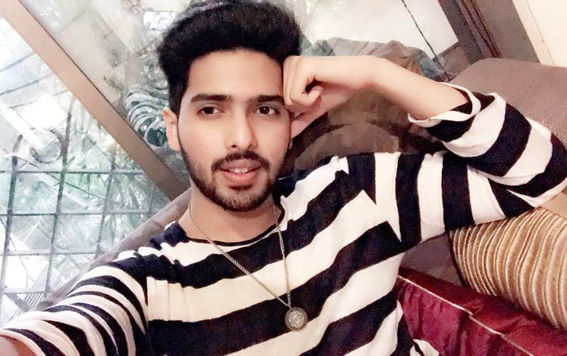 Love to be on stage than in recording booth: Armaan Malik