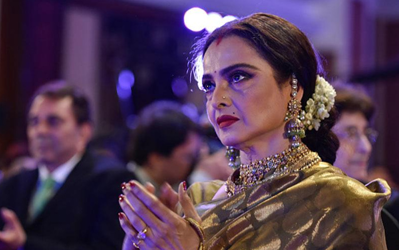 Sabyasachi wants Rekha to be his showstopper