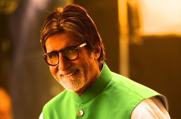 Big B treats 'Brahmastra' team with vada pao, samosas in Bulgaria