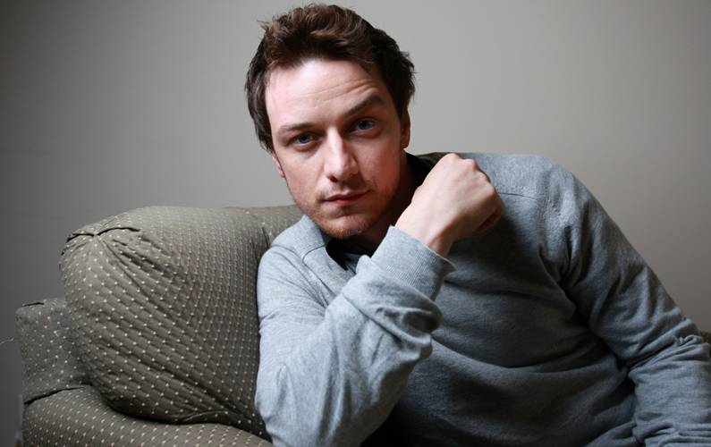 James McAvoy thinks he's ugly for rom-coms