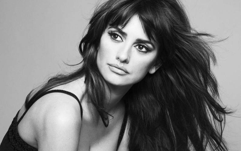 Styling people is Penelope Cruz's second career