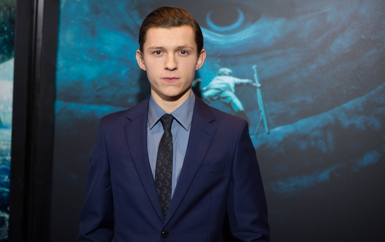 Tom Holland doesn't look 'old enough' to get beer