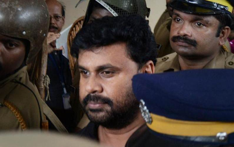 Actor Dileep faces public ire as Kerala police continue probe