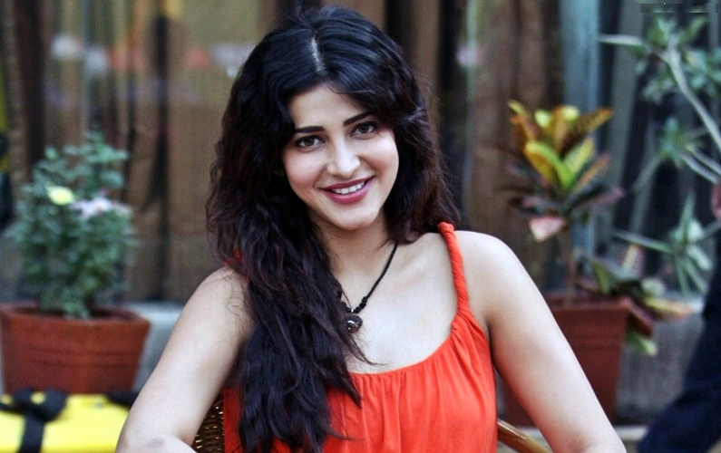 No plans of doing Kannada film soon: Shruti Haasan