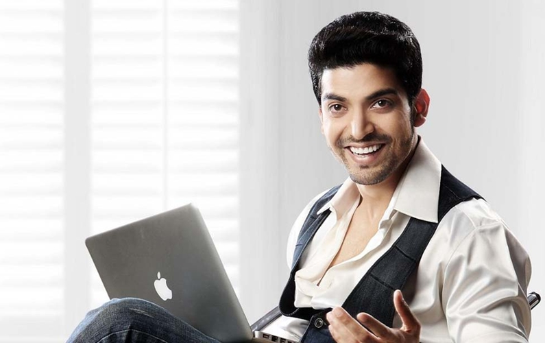 Gurmeet to pay tribute to Bollywood's dancing superstars