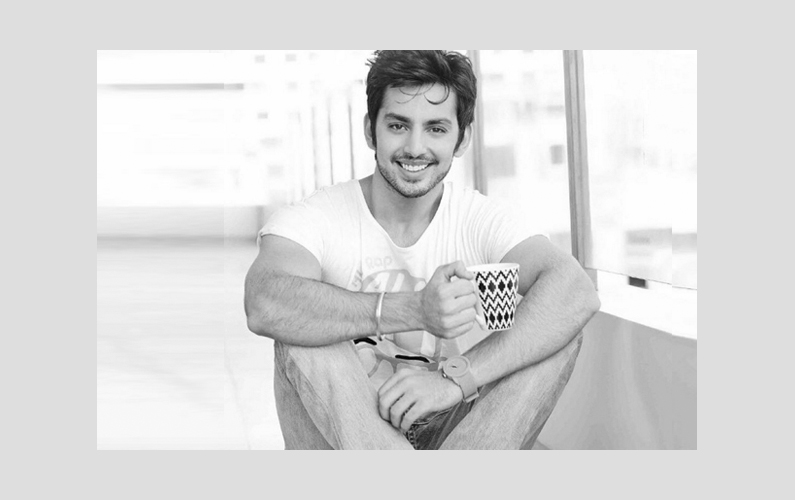 My non-filmy background motivates me: Himansh Kohli